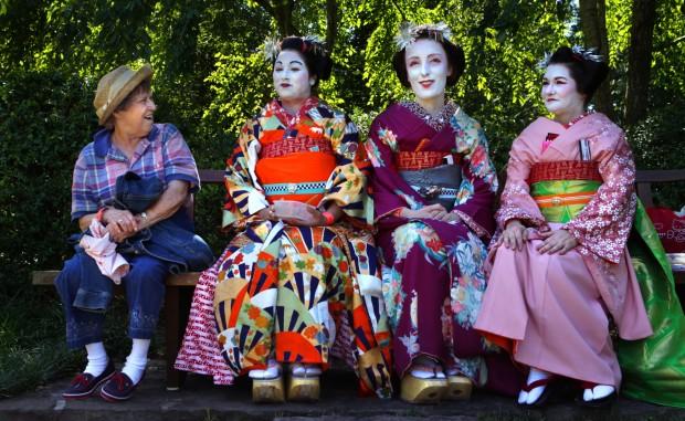Thousands Enjoy Taste Of Japan At Garden Festival  News