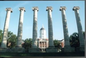 Missouri's college savings plan ranked neutral; Illinois' better