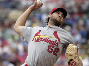 Wacha stops Royals, improves to 7-0