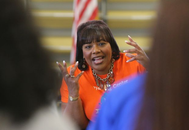 Daughter of MLK seeks nonviolent Ferguson response