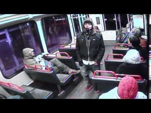 Video of suspects in Maplewood robbery