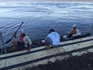 Canoeists set a new record for paddling from KC to St. Charles