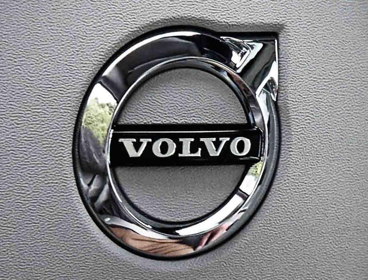 Volvo Recalls 74 000 U S Vehicles To Fix Seat Belt