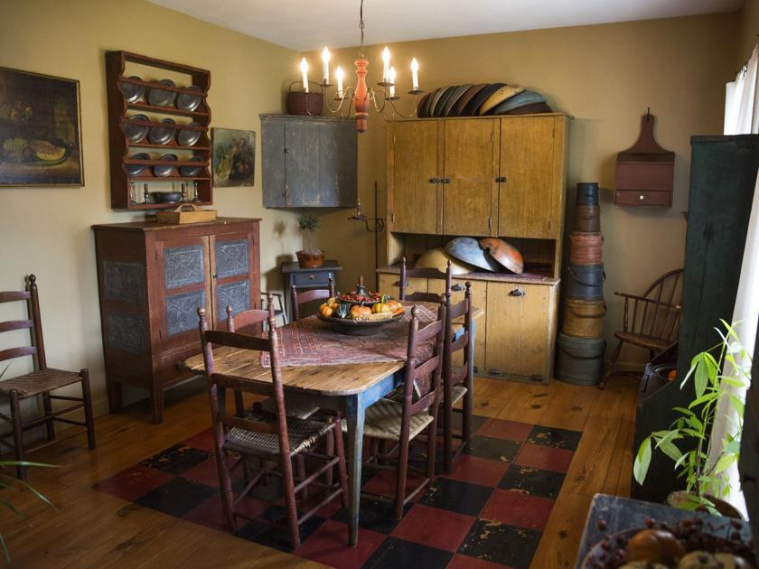 Antique Collector Embraces Early American Primitive Style