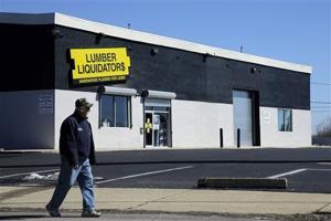 U.S. tests find low cancer risk from Lumber Liquidators' flooring