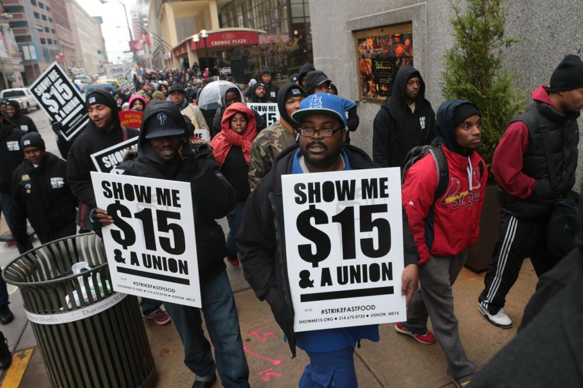 st louis judge hears arguments on an hour minimum wage fast food workers protest for higher minimum wage