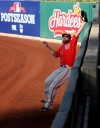 Jayson Werth makes a leaping catch