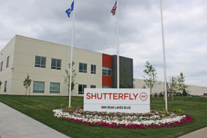 Shutterfly 28 jobs short of goal; city, county grant contract extension