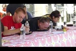 2014 Excelsior Apple Day Apple Pie Eating contest