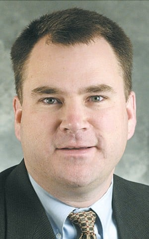 Rep. Hoppe authors bill to lower drinking age to 19