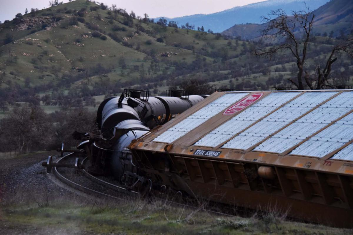 Tehachapi Loop scene of train derailment