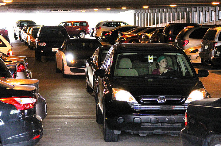 parking problems on campus essay As texas state continues into its 18th consecutive year of record-breaking enrollment numbers, the issue of parking on campus has become a frequent topic of.