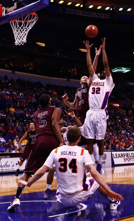 Missouri State v. Evansville – First Round of the Missouri Valley Conference Tournament
