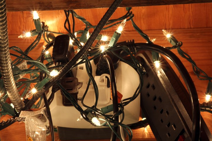 String Lights Fire Hazard : Light up your holidays: without the fire hazards Life the-standard.org