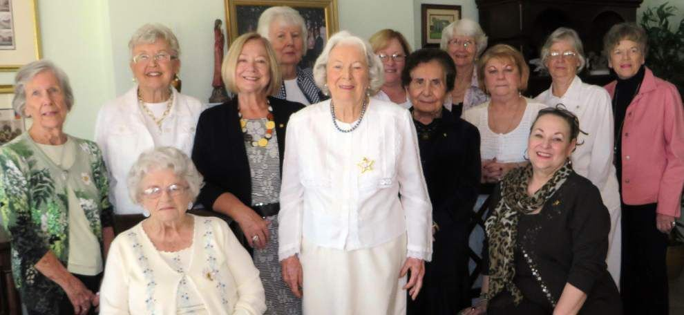 Slidell chapter of P.E.O. Sisterhood welcomes new members _lowres