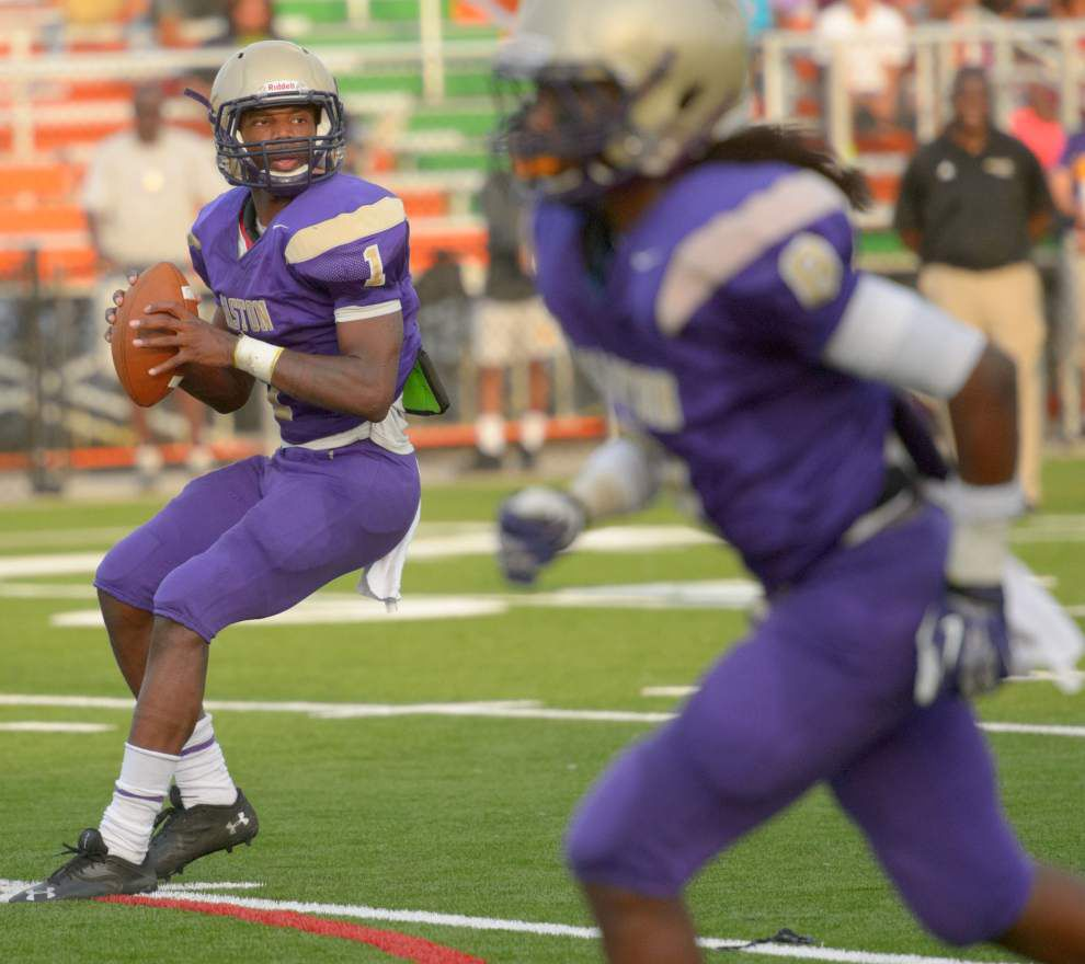 St. Aug shows strong passing game in spring game against Easton _lowres
