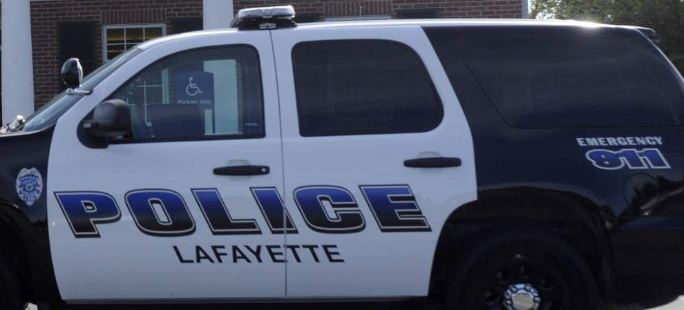 Lafayette officer injured by suspects' vehicle _lowres