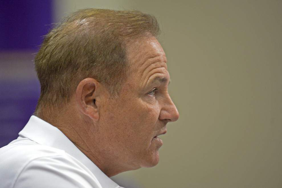 Video: Les Miles says LSU's first-team defense played well in a Tuesday scrimmage _lowres