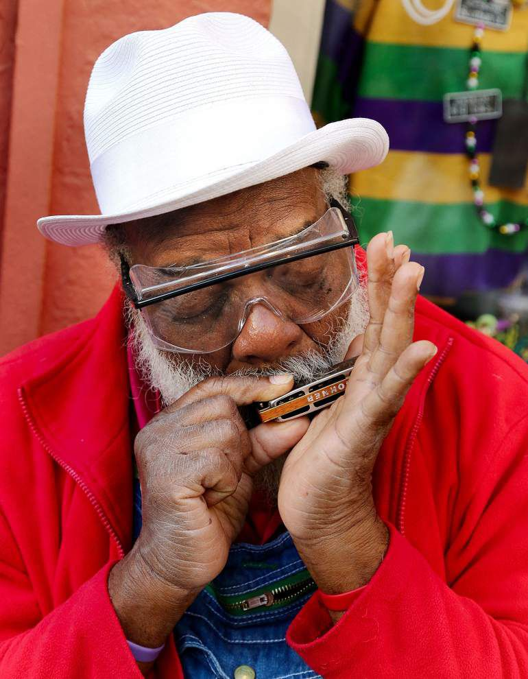 Street musician 'Grandpa' Elliot Small to lead Lundi Gras marchers _lowres
