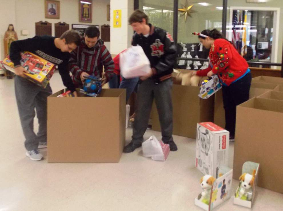 St. Michael students collect toys for St. Vincent de Paul Society _lowres