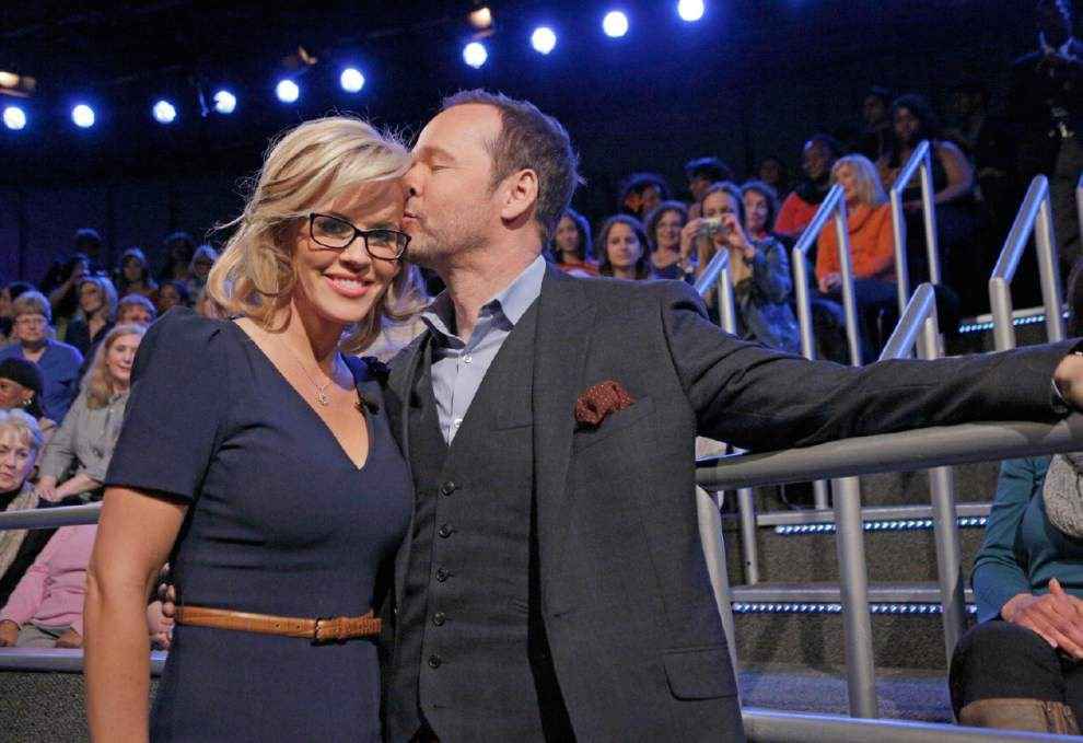 Jenny McCarthy announces engagement on 'The View' _lowres