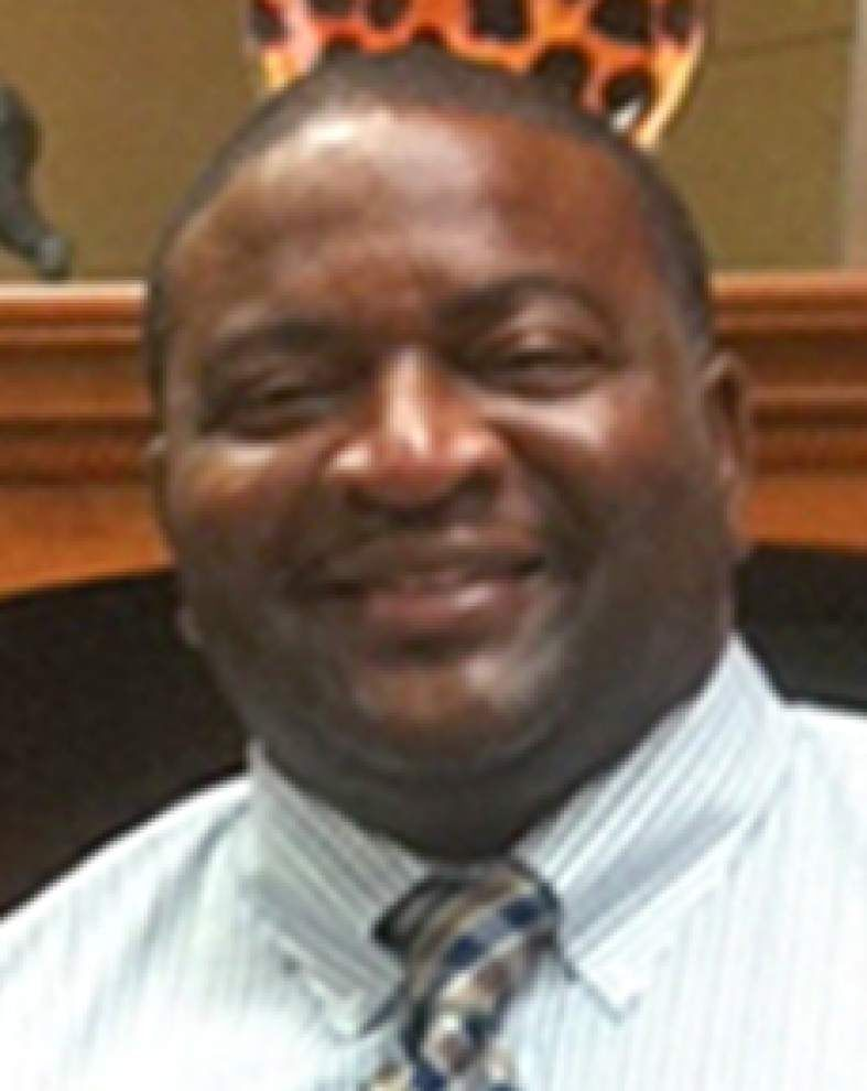 Embattled Spurgeon Banyard calling it quits as Carencro Middle principal _lowres