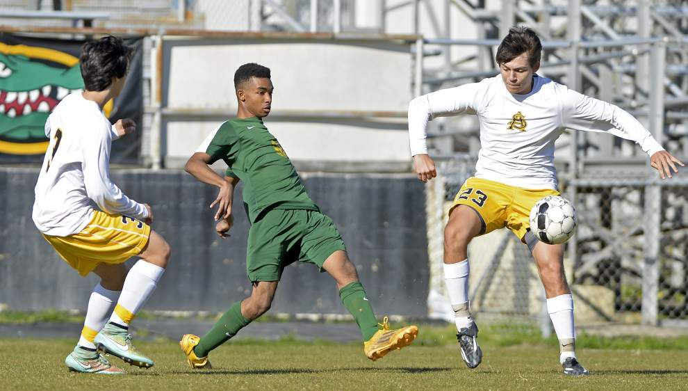 Baton Rouge High soccer team advances past St. Amant _lowres