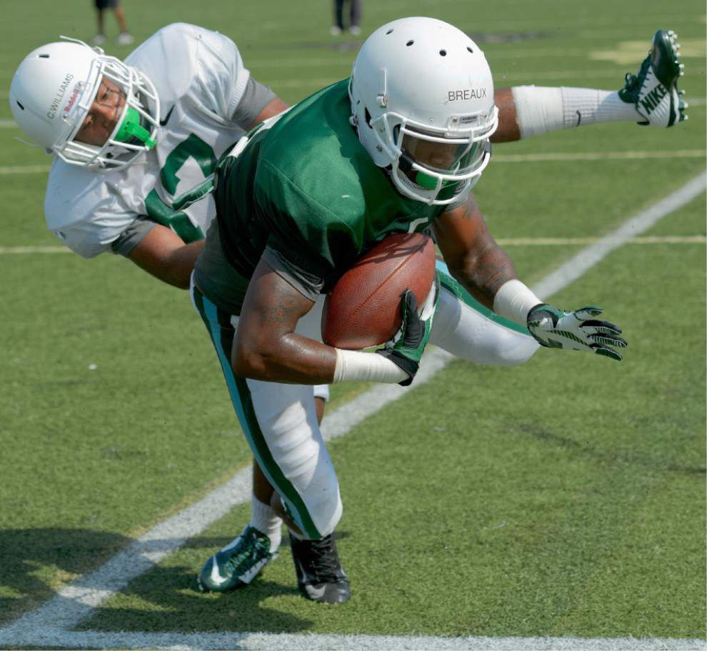 Tulane's Devon Breaux continues spectacular play _lowres