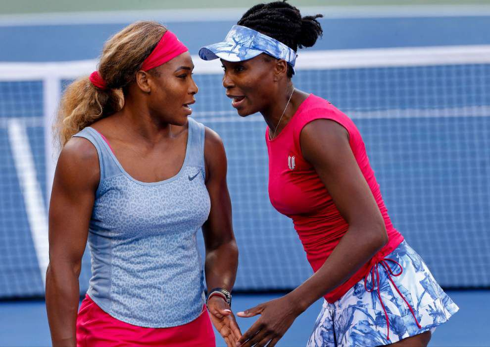 Serena Williams overcomes 3 early double-faults to win _lowres