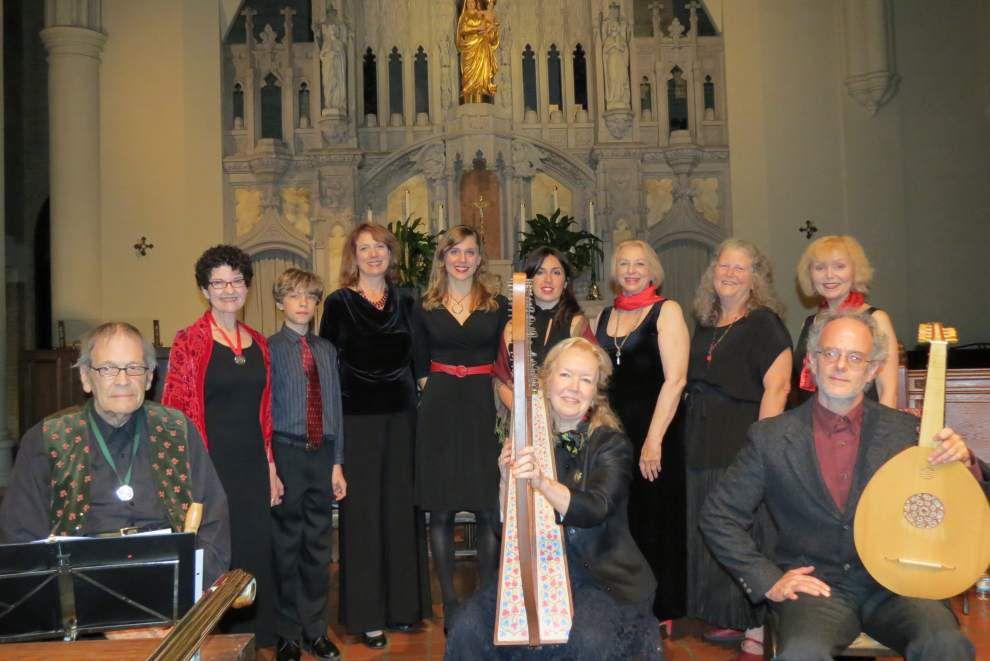 Early music ensemble's opener reprises medieval sounds _lowres