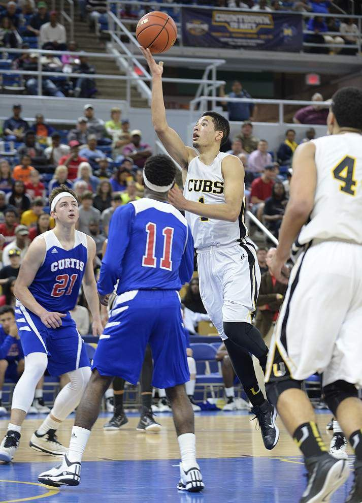 U-High surges to second straight title _lowres
