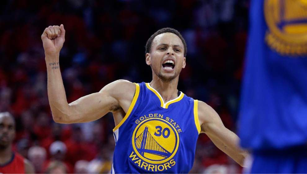 Eyes wide shut: Warriors' Stephen Curry hits game-tying shot with his eyes clsoed against Pelicans _lowres