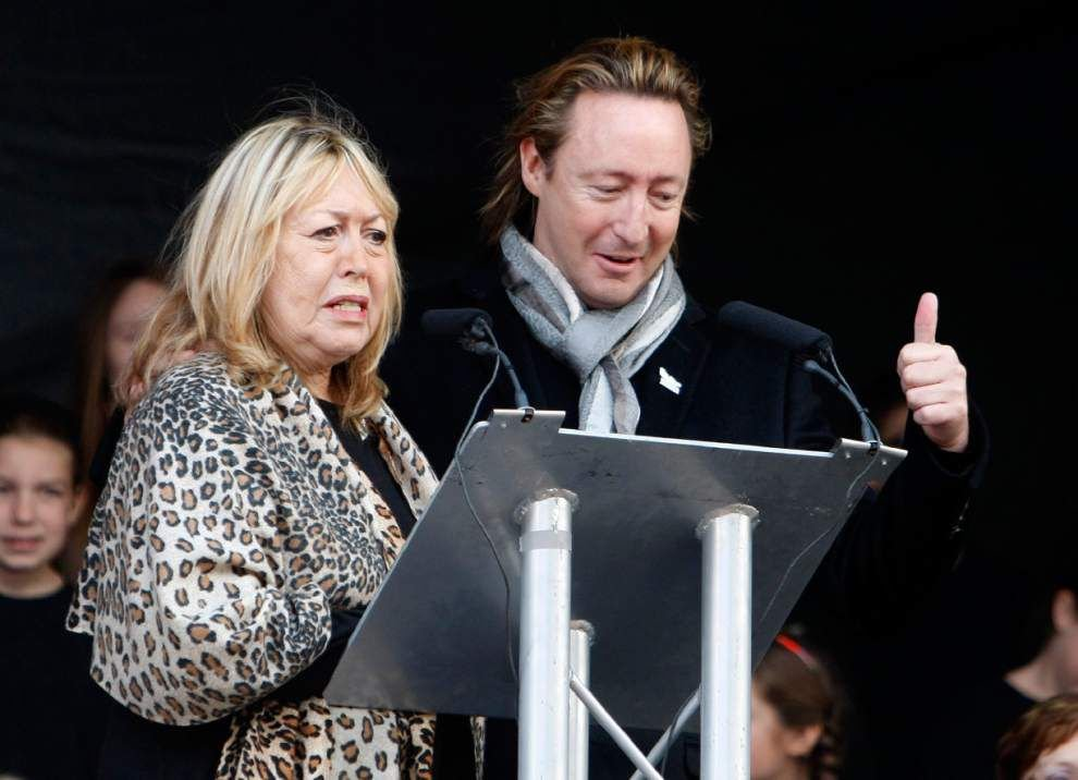 Cynthia Lennon, first wife of John Lennon, dies of cancer _lowres