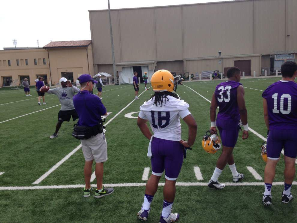 LSU Practice Report: Several freshmen go with veterans; Jennings only scholarship QB  _lowres