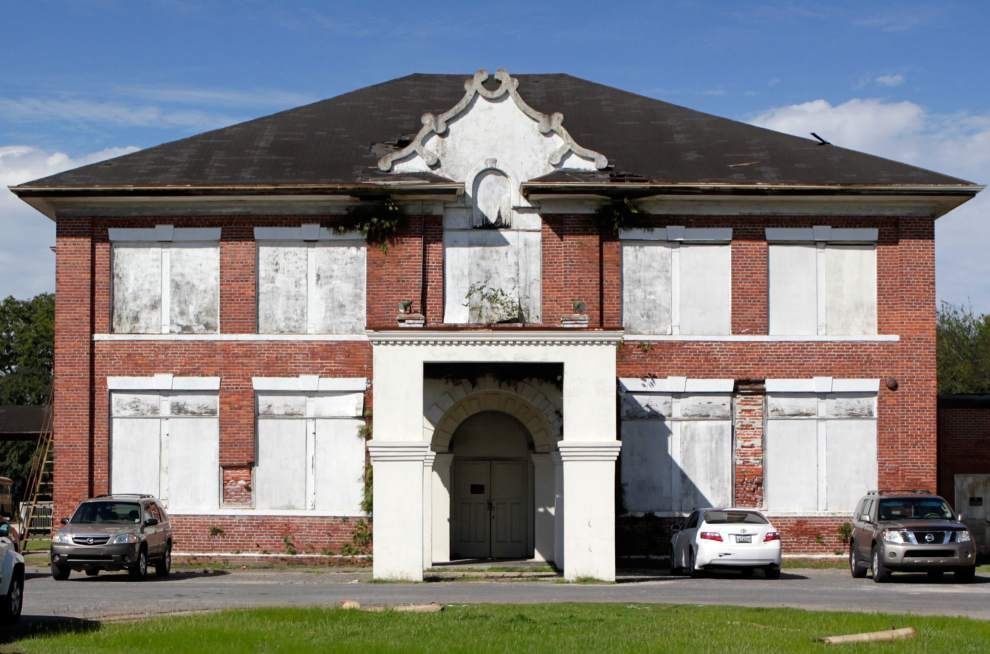 Group hopes to restore long-vacant Leon Godchaux High in Reserve _lowres