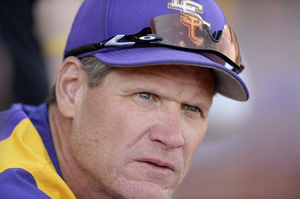 On The Record: Q&A with LSU baseball pitching coach Alan Dunn _lowres