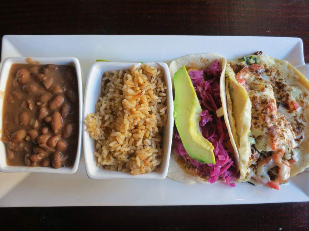Check out these ideas for offbeat, inexpensive dining near the holiday shopping hubs this weekend _lowres