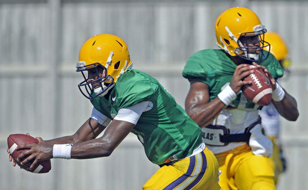 Two-QB system? LSU's Brandon Harris and Anthony Jennings could share job _lowres