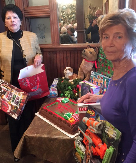 Pams Party Line: Ready to ring in New Year  Pam Bordelon ...