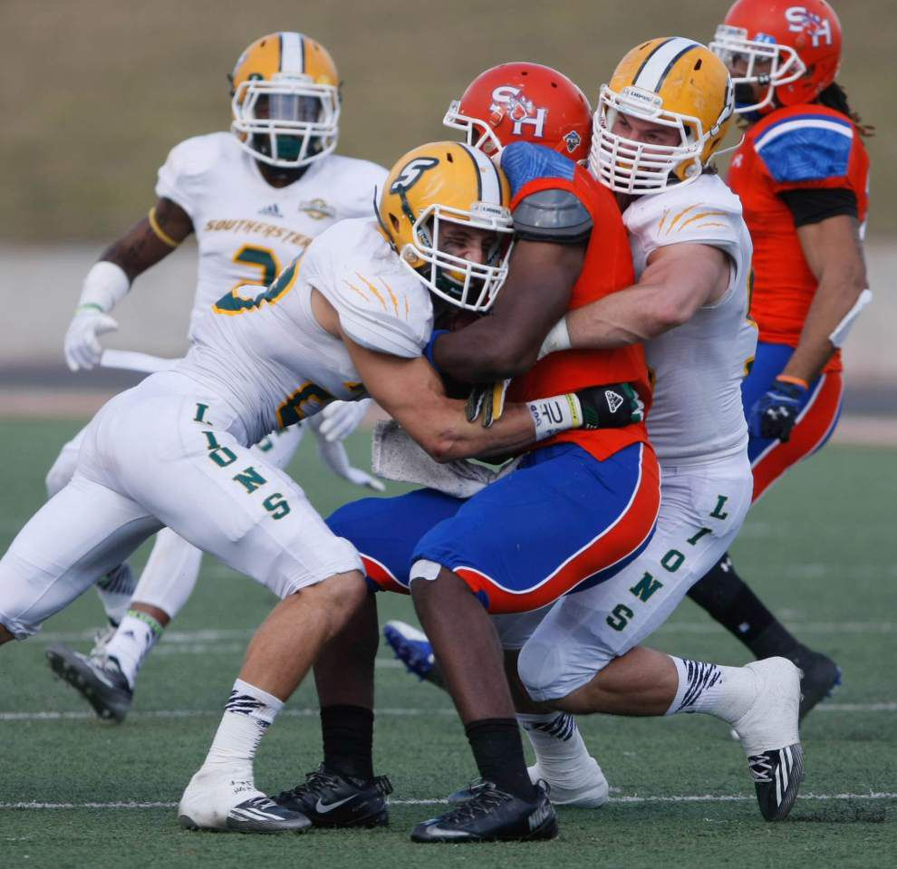 Miscues doom Southeastern as Sam Houston State prevails 21-17 in FCS playoff opener _lowres