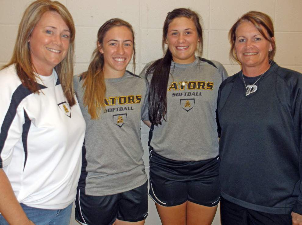 Family ties: Percles, Gremillions have softball in their blood _lowres