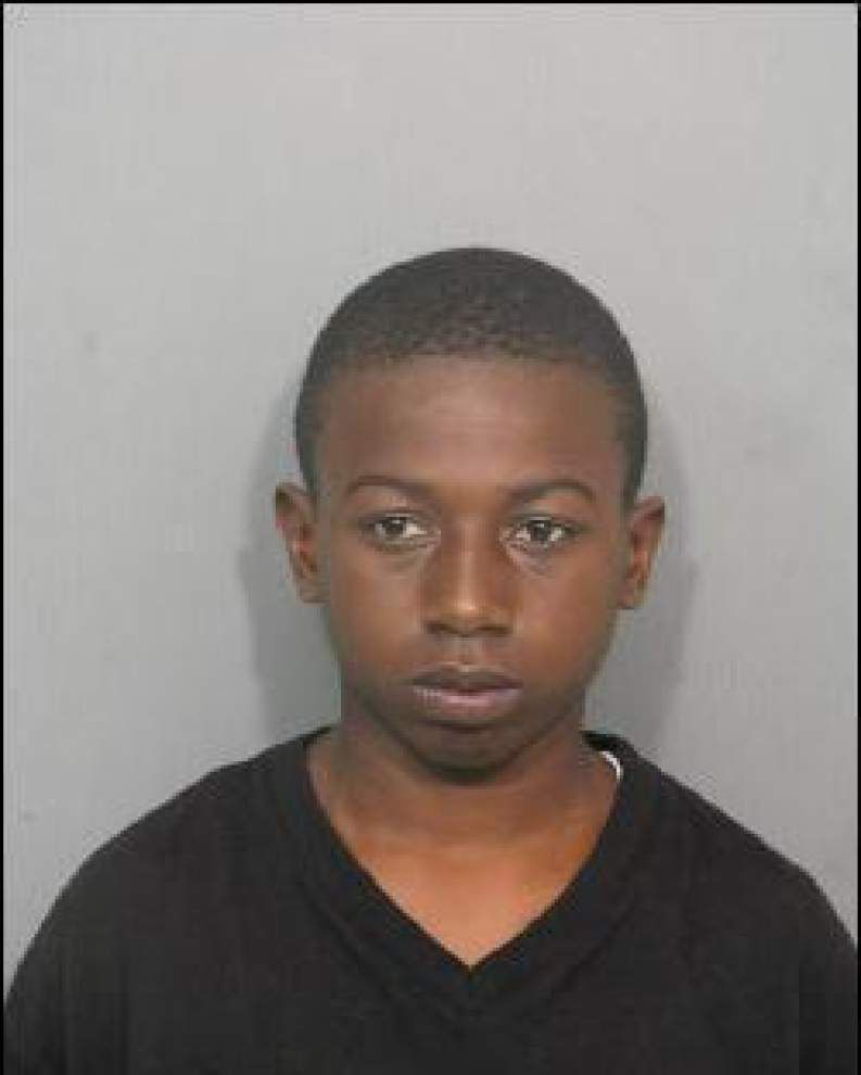 Teen, 17, wanted for auto theft _lowres