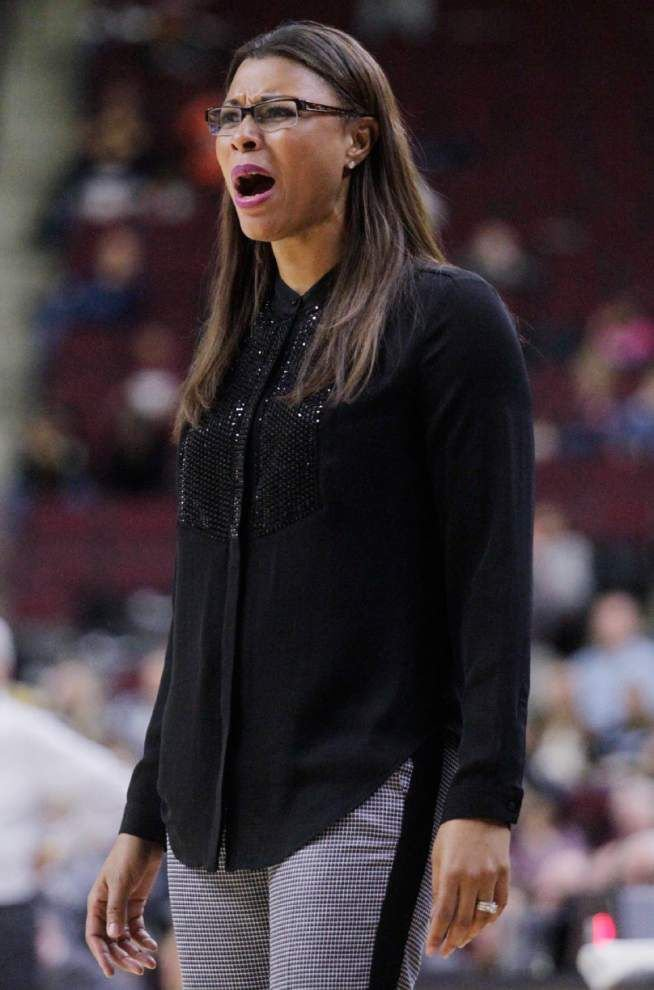 Challenges continue for Lady Tigers against No. 10 Kentucky _lowres