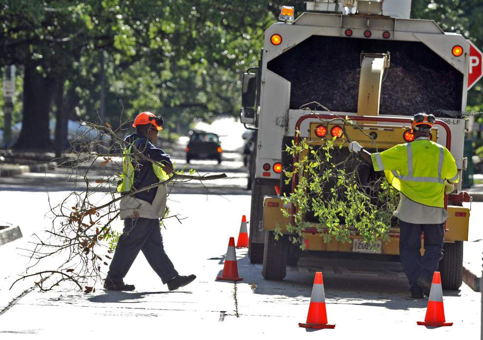 As city scrambles to finish negotiations, unions say 2 percent pay raises are not enough _lowres