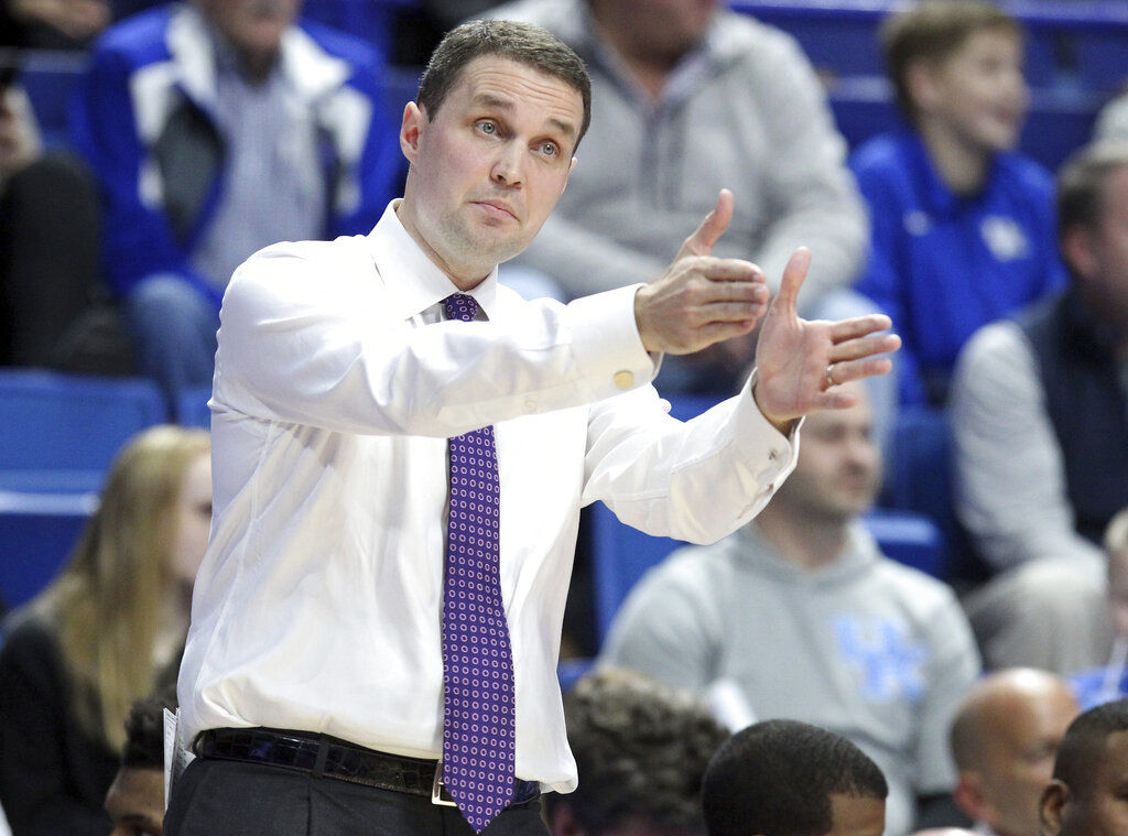 Will Wade, LSU basketball team to begin defense of SEC regular-season title Jan. 4 at Tennessee