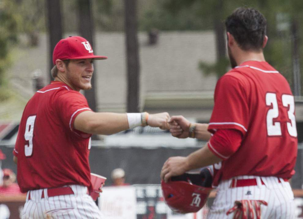 Ragin' Cajuns hold on for win at Arkansas State _lowres