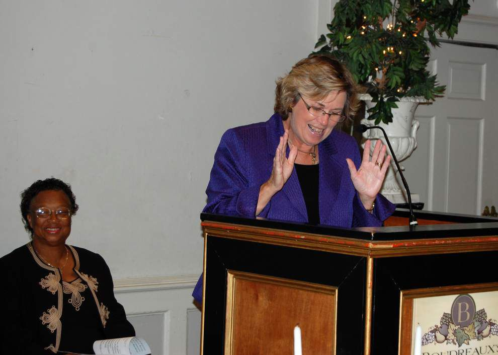 Interfaith prayer breakfast calls for 'peace in the streets' _lowres