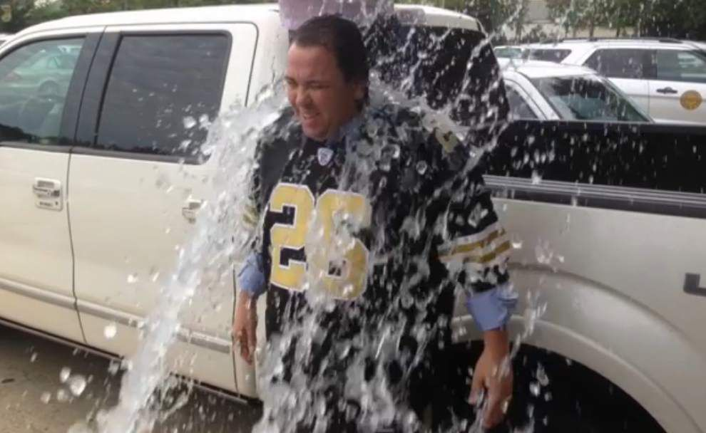 McAllister takes ice bucket challenge	R _lowres
