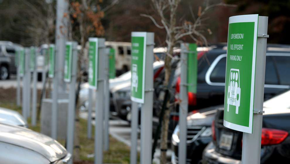 Metro Councilman's comment stirs debate on new library's eco-friendly parking spots _lowres