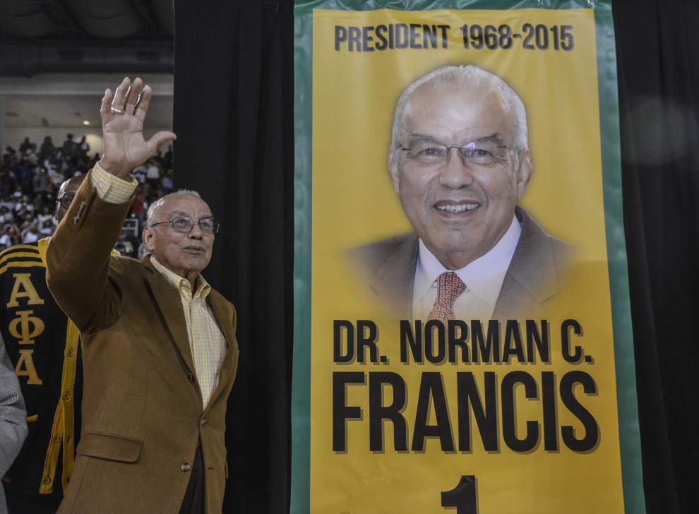Xavier honors retiring president Norman Francis _lowres